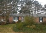 Pre Foreclosure in Yorktown 23692 DAPHNE DR - Property ID: 1187738338