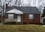 Pre Foreclosure in Cincinnati 45215 KRYLON DR - Property ID: 1190097711
