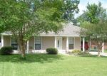 Pre Foreclosure in Greenwell Springs 70739 VILLAGE GREEN DR - Property ID: 1191784790