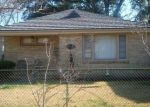 Pre Foreclosure in New Orleans 70121 CANTON ST - Property ID: 1191855741