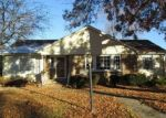 Pre Foreclosure in Jacksonville 62650 WOODLAND PL - Property ID: 1192737373
