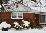 Pre Foreclosure in Des Plaines 60018 LEE ST - Property ID: 1192780291