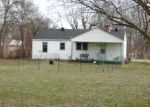 Pre Foreclosure in Franklin 45005 DUBOIS RD - Property ID: 1202363158