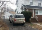 Pre Foreclosure in Bloomfield 07003 RIDGE AVE - Property ID: 1203906143