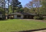 Pre Foreclosure in Grenada 38901 OLD HICKORY RD - Property ID: 1207045549