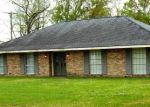 Pre Foreclosure in Gonzales 70737 CANNON RD - Property ID: 1207445867