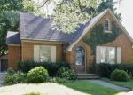 Pre Foreclosure in Elgin 60120 HENRY ST - Property ID: 1207834782