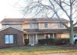 Pre Foreclosure in Fort Wayne 46845 TRADERS XING - Property ID: 1208038881