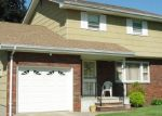 Pre Foreclosure in Manville 08835 N 6TH AVE - Property ID: 1208263107
