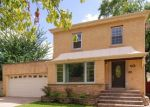 Pre Foreclosure in Riverside 60546 LONGCOMMON RD - Property ID: 1210745102