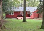 Pre Foreclosure in Waterbury 06706 HARWOOD RD - Property ID: 1214423210