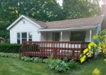 Pre Foreclosure in Woodstock 60098 LATHROP DR - Property ID: 1216208398