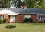 Pre Foreclosure in Forest City 28043 OLD CAROLEEN RD - Property ID: 1219909276