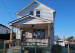 Pre Foreclosure in Burlington 08016 OAKLAND AVE - Property ID: 1232771710