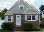 Pre Foreclosure in Hempstead 11550 FLORENCE AVE - Property ID: 1234622129