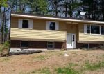 Pre Foreclosure in Clifton Park 12065 PLANK RD - Property ID: 1235758691
