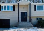 Pre Foreclosure in Huntington Station 11746 CREST HILL CT - Property ID: 1238621727