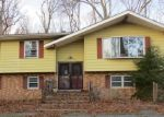 Pre Foreclosure in Howell 07731 SUNNYSIDE RD - Property ID: 1263227987