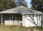 Pre Foreclosure in Pauls Valley 73075 S ELM ST - Property ID: 1263532815