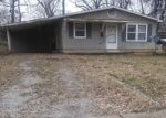 Pre Foreclosure in Mount Vernon 62864 N 4TH ST - Property ID: 1271553421