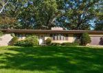 Pre Foreclosure in Elburn 60119 OAKLEAF DR - Property ID: 1271677366