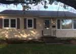 Pre Foreclosure in Waterloo 50701 HICKORY ST - Property ID: 1277118318