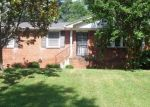 Pre Foreclosure in Clarksville 37042 COLLINWOOD DR - Property ID: 1277735425