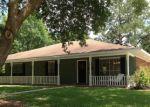 Pre Foreclosure in Zachary 70791 OAK HILLS ST - Property ID: 1280405312