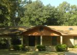 Pre Foreclosure in West Monroe 71291 ROBERTS RD - Property ID: 1280436862