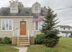 Pre Foreclosure in Burlington 08016 MORRIS AVE - Property ID: 1288670319