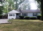Pre Foreclosure in North Olmsted 44070 COLUMBIA RD - Property ID: 1294793191