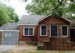 Pre Foreclosure in Mastic 11950 MASTIC RD - Property ID: 1303368738