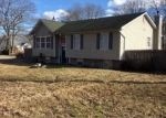 Pre Foreclosure in Mastic 11950 PAWNEE AVE - Property ID: 1318471834