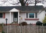 Pre Foreclosure in Richmond 23228 BURNLEY AVE - Property ID: 1320456731
