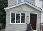 Pre Foreclosure in Saint Albans 11412 201ST PL - Property ID: 765549356