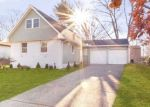 Pre Foreclosure in Port Jefferson Station 11776 JANET ST - Property ID: 839105793