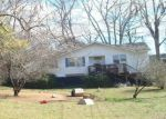 Pre Foreclosure in Columbia 38401 WALNUT ST - Property ID: 927206439