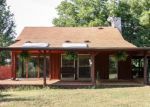 Pre Foreclosure in Spring Hill 37174 REYNOLDS RD - Property ID: 950761563