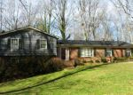 Pre Foreclosure in Gaffney 29341 CHAUCER DR - Property ID: 950911791