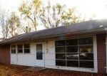 Pre Foreclosure in East Saint Louis 62206 DELORES DR - Property ID: 959074300