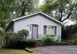 Pre Foreclosure in Auburn 01501 APPLETON RD - Property ID: 961778357