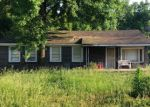 Pre Foreclosure in Adamsville 35005 SWINDLE DR - Property ID: 976160999
