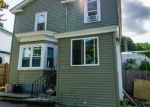 Pre Foreclosure in Methuen 01844 PARKER CT - Property ID: 978950891