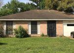 Sheriff Sale in Missouri City 77489 CASTLEVIEW LN - Property ID: 70179214128