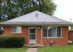 Short Sale in Livonia 48152 SUNSET ST - Property ID: 6297731623