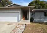 Short Sale in Palm Harbor 34683 ROBIN TRL - Property ID: 6306472257