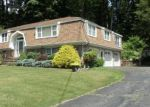 Short Sale in Shelton 06484 CLOVERDALE AVE - Property ID: 6313520583