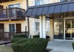 Short Sale in Arlington Heights 60005 S GOEBBERT RD - Property ID: 6321563537