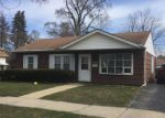 Short Sale in Lyons 60534 CENTER AVE - Property ID: 6321613463