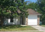 Short Sale in Jacksonville 32216 HIDDEN VILLAGE DR - Property ID: 6321914800